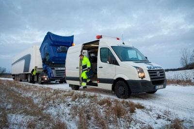 выезд бригады для ремонта грузовиков на месте